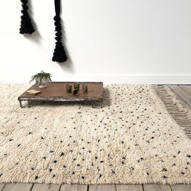 tapis beni ouarain 150x240 plumetis bleu marine. Black Bedroom Furniture Sets. Home Design Ideas
